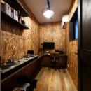 アウトドアを楽しむ家の写真 音楽を楽しむご主人の隠れ部屋