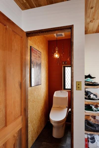 トイレ (家族の好きな色と想いをカタチに)
