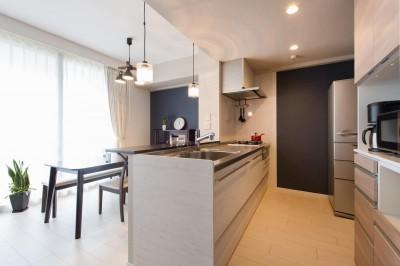 キッチン (中古マンションリノベーション〜「自分らしい空間を実現したい」)