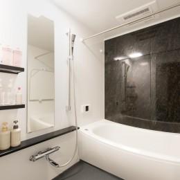 中古マンションリノベーション〜「自分らしい空間を実現したい」 (浴室)