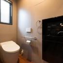 お母様と同居&趣味も楽しめる!戸建て全面リフォームの写真 トイレ