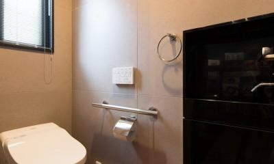 お母様と同居&趣味も楽しめる!戸建て全面リフォーム (トイレ)