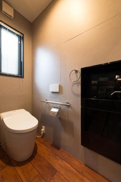 トイレ (お母様と同居&趣味も楽しめる!戸建て全面リフォーム)