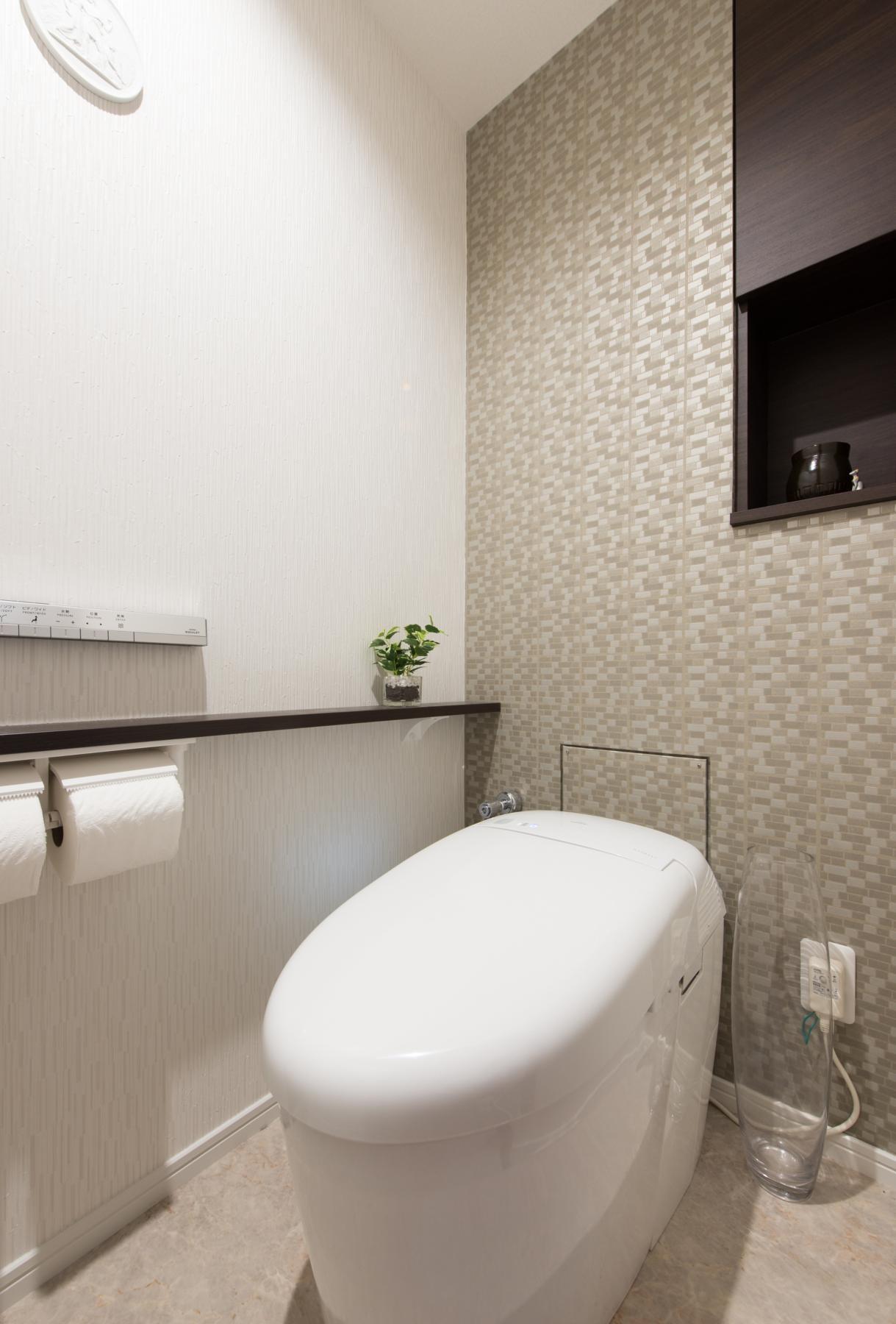 バス/トイレ事例:トイレ(ご夫婦がゆったりくつろげる間取りに全面改装)
