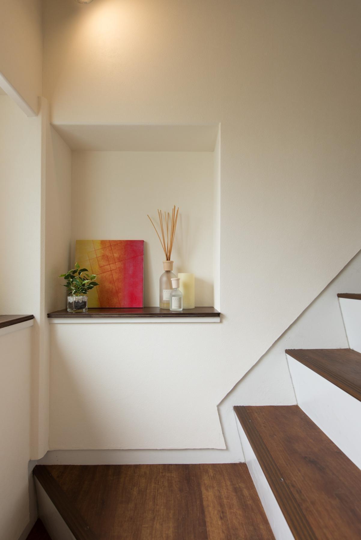 その他事例:階段(ホテルのようなスタイリッシュな内外装に全面リフォーム)