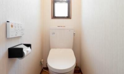 中古戸建て〜和を活かして、落ち着いた雰囲気にリフォーム (トイレ)