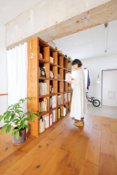廊下 (模様替えを楽しめる、土間のある家)