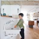 模様替えを楽しめる、土間のある家の写真 オープンな洗面スペース