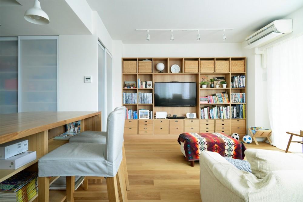 『無印な住まい』 ― 家具を部屋に溶け込ませて (LDK)