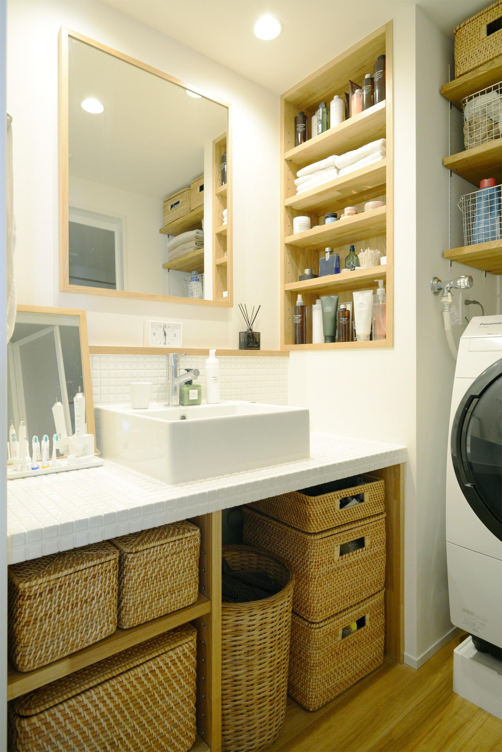 リビングダイニング事例:洗面台(『無印な住まい』 ― 家具を部屋に溶け込ませて)