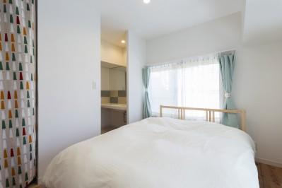 寝室 (ご祖父母から受け継いだ築39年のスケルトンリノベーション)