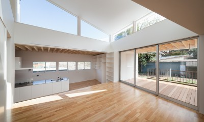 番田の住宅 (1階LDKスペース photo:吉田誠)
