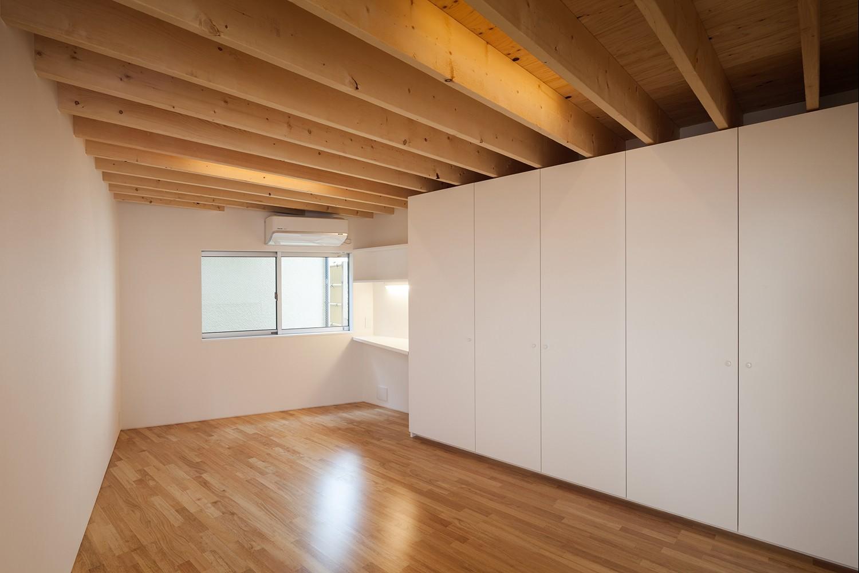 ベッドルーム事例:寝室(番田の住宅)
