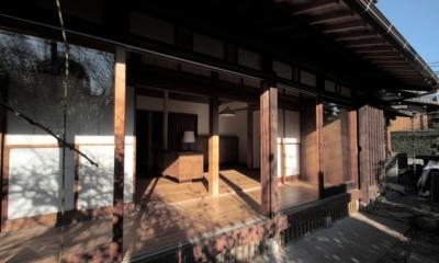 懐かしい新しさをつくる 和のリノベーション(木造1戸建てリノベーション) (縁側)