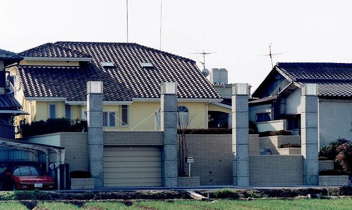 外観事例:コンクリート構造の住宅 (別荘・セカンドハウス)(オープンテラスがある週末邸宅:コンクリート構造の住宅設計)