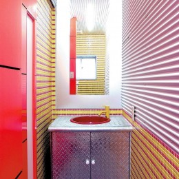 中華店舗付き住宅の改装:デザインリフォーム (店舗付き住宅の1階店舗の化粧室)