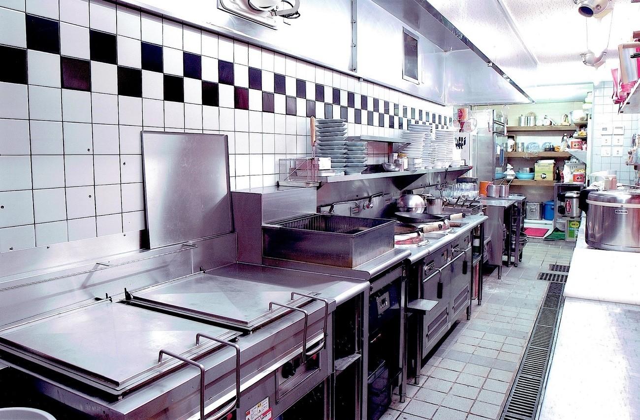 キッチン事例:店舗付き住宅の1階店舗ー厨房(中華店舗付き住宅の改装:デザインリフォーム)