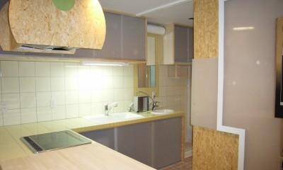 店舗(自然派日用品)付き住宅のリフォーム (L字型カウンターは、木製+タイル張り)