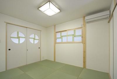 寝室 (床暖房があるバリアフリー対策の平屋建て住宅 超高気密高断熱の住まい)