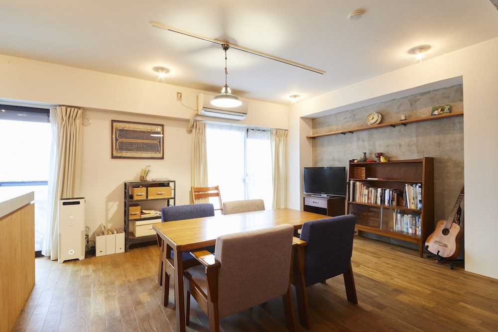 menue-思い出の家具を中心に、家族団らんを楽しめる住まいを (リビングダイニング)