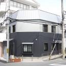 ホームエレベーターがあるバリアフリー住宅|遮音・防音構造の住宅(ガレージハウス)の写真 外観