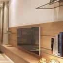 「石庭」のあるマンション リフォーム|大人の時間を楽しむ和モダンな家の写真 リビング