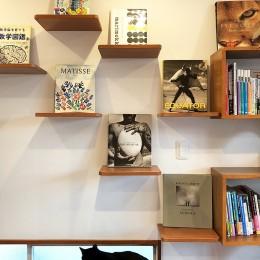 G阿佐ヶ谷 (キャットステップにはお気に入りの本を飾って、インテリアも忘れずに。)