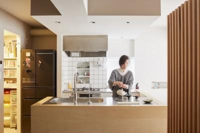 キッチン (Licht-縁側に障子…今の暮らしに合わせた和の空間)
