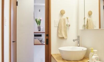 Licht-縁側に障子…今の暮らしに合わせた和の空間 (洗面所)