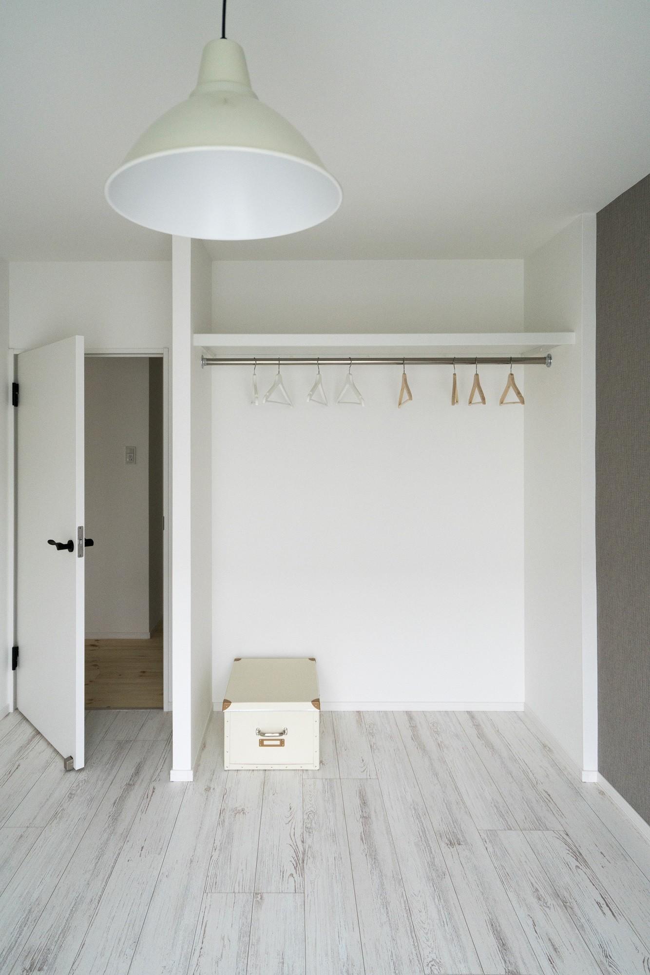 ベッドルーム事例:洋室2(リノベーション リビングと繋がる部屋)