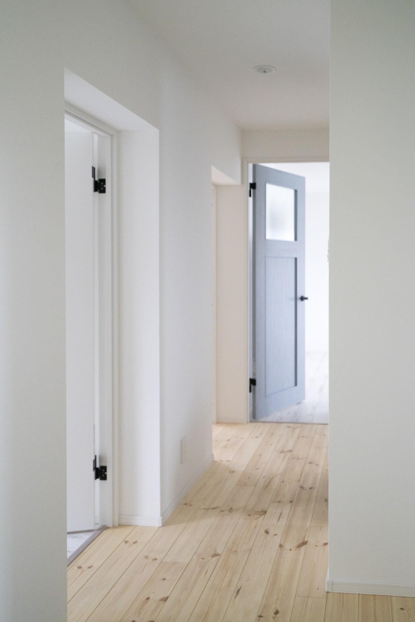 その他事例:廊下(リノベーション リビングと繋がる部屋)