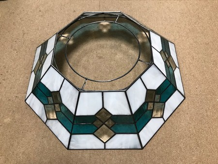 8畳用ステンドグラス照明 (LED電灯から外したステンドグラス)