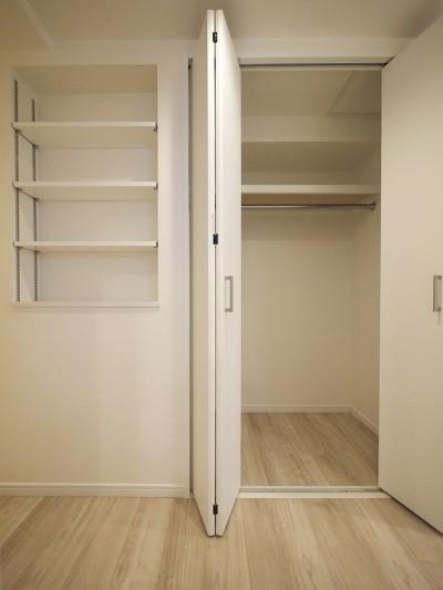 廊下収納 (移動がラクな家事動線)