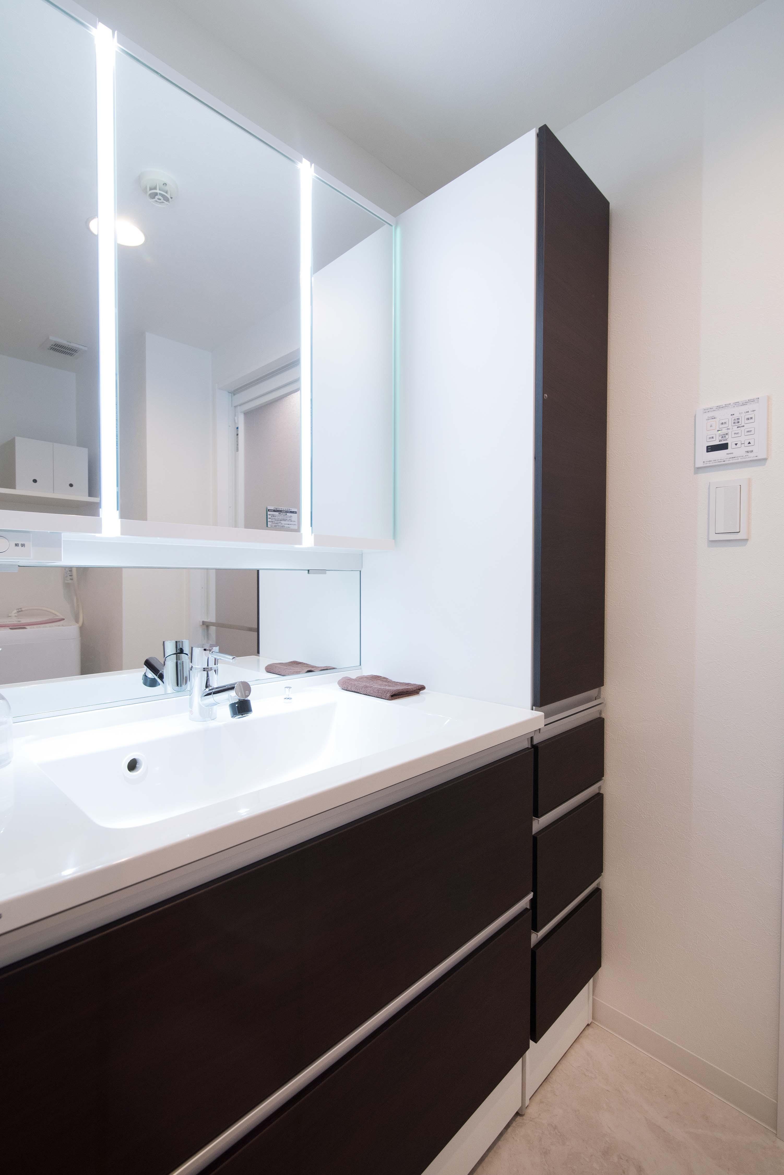 バス/トイレ事例:洗面室(外出したくなくなるほど、快適な住まい)