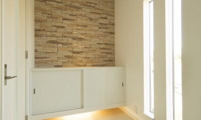 ラ・フィエスタ  「地中海の陽光に照らし出された家」 (玄関ホール)