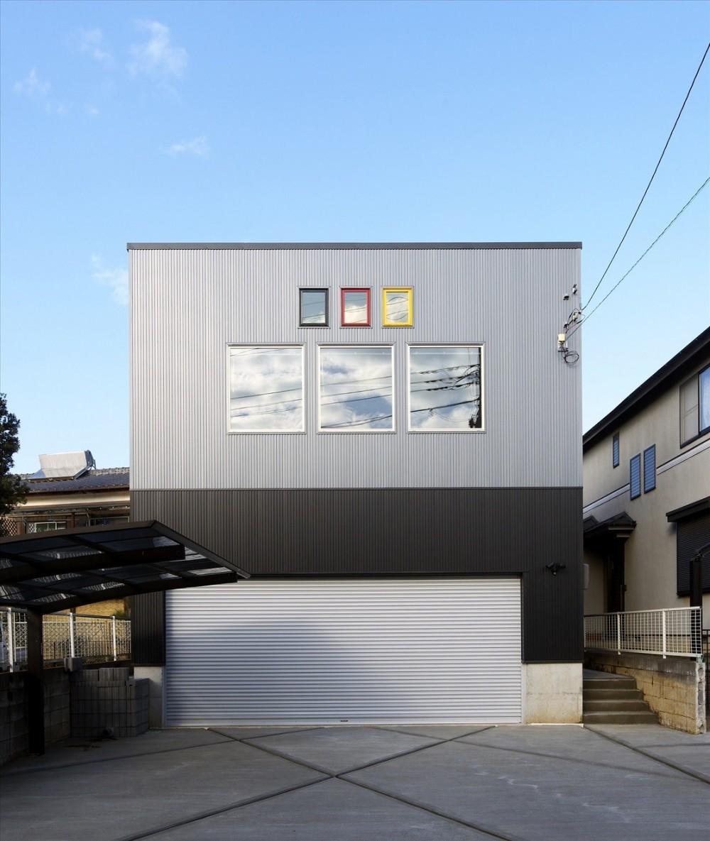 木造軸組み大スパンの家 (正面外観)