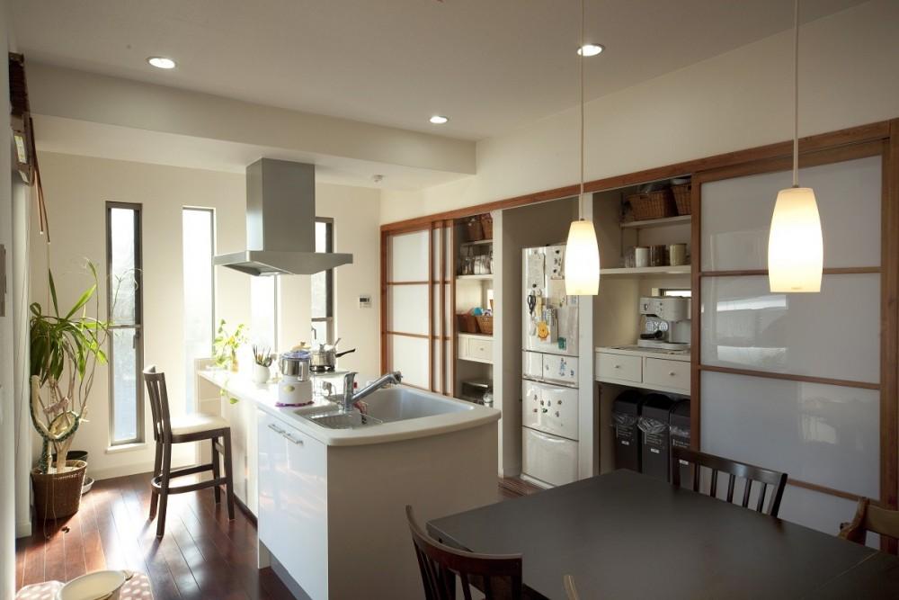 KOJ 「蔵のある家」 (ダイニングキッチン)