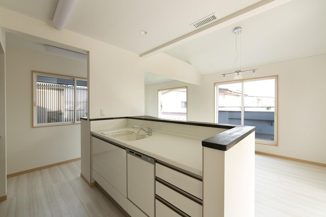 キッチン事例:2階キッチン(ツイン・シェイプス 「2世帯住宅」)