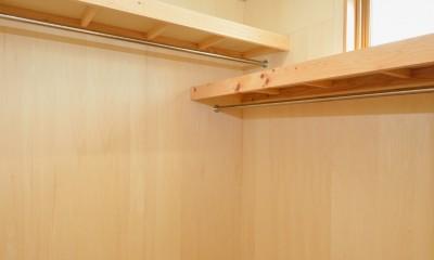 HUFUプラスワン/ローコストで建てる規格型の木の家 (ウォークインクロゼット)
