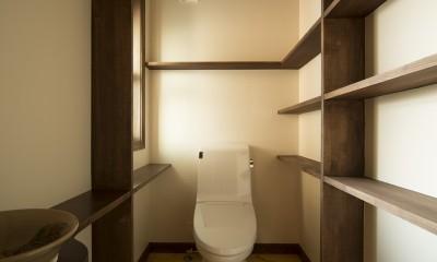セブンステップス・トゥ・ヘブン 「我孫子駅徒歩圏内・充実のスローライフ」 (1階トイレ)