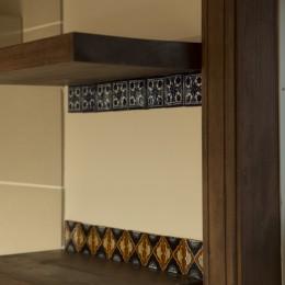 セブンステップス・トゥ・ヘブン 「我孫子駅徒歩圏内・充実のスローライフ」 (キッチン後ろの棚)