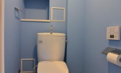 壁紙がかわいいトイレ|雲梯(うんてい)のある家