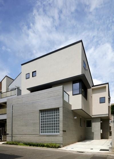 小規模デザイナーズアパートメント 三茶の集住 (外観)