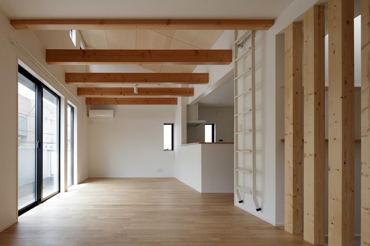 リビングダイニング事例:LDK(小規模デザイナーズアパートメント|三茶の集住)