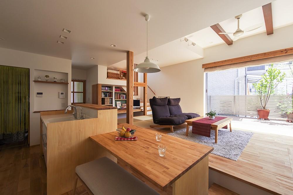 キッチン事例:夕雲町の家 ダイニングキッチン(夕雲町の家-little forest-)
