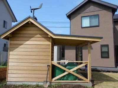 離れ+倉庫 (カンツリー倶楽部  「調整区域に建てた家」)