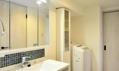 室内環境を整え、快適で広々としたリビングに (洗面室)