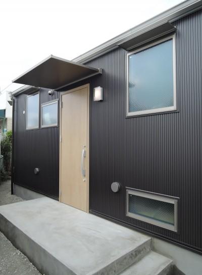 玄関 (木造平屋建てバリアフリー住宅)