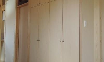 木造平屋建てバリアフリー住宅 (造り付け玄関収納家具)
