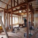自然素材と色彩を楽しむ家の写真 断熱改修工事